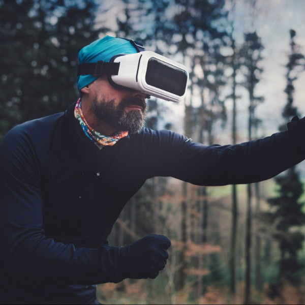 Virtual Reality Headset or VR Box